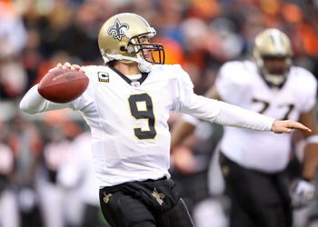CINCINNATI, OH - DECEMBER 05:  Dree Brees #9 of the New Orleans Saints throws a pass during the NFL game against the Cincinnati Bengals at Paul Brown Stadium on December 5, 2010 in Cincinnati, Ohio.  The Saints won 34-30.  (Photo by Andy Lyons/Getty Image