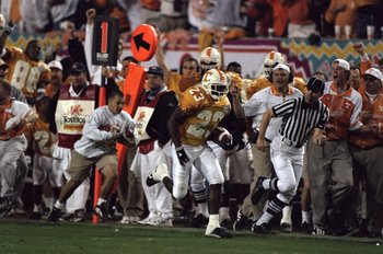 4 Jan 1999:  Dwayne Goodrich #23 of the Tennessee Volunteers in action during the Tostitos Fiesta Bowl Game against the Florida State Seminoles at the Sun Devil Stadium in Tempe, Arizona. The Volunteers defeated the Seminoles 23-16. Mandatory Credit: Jed