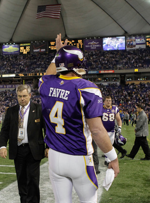 MINNEAPOLIS, MN - DECEMBER 05:  Brett Favre #4 of the Minnesota Vikings waves as he leaves the field after defeating the Buffalo Bills at the Mall of America Field at the Hubert H. Humphrey Metrodome on December 5, 2010 in Minneapolis, Minnesota.  (Photo