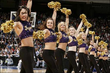 Lsu-cheerleaders1_display_image