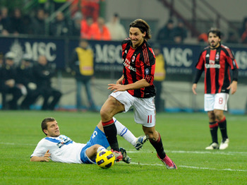 MILAN, ITALY - DECEMBER 04:  Zlatan Ibrahimovic of AC Milan runs during the Serie A match between Milan and Brescia at Stadio Giuseppe Meazza on December 4, 2010 in Milan, Italy.  (Photo by Claudio Villa/Getty Images)