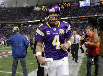 MINNEAPOLIS, MN - DECEMBER 05:  Brett Favre #4 of the Minnesota Vikings leaves the field after defeating the Buffalo Bills at the Mall of America Field at the Hubert H. Humphrey Metrodome on December 5, 2010 in Minneapolis, Minnesota.  (Photo by Nick Laha