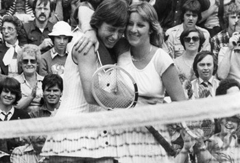 Martina-navratilova-and-chris-evert-pic-getty-images-297390873_display_image