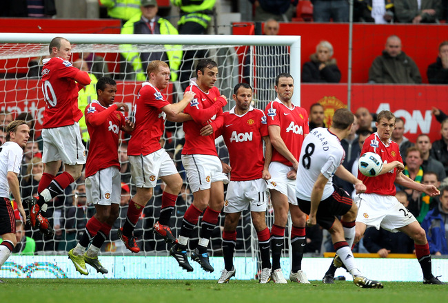 MANCHESTER, ENGLAND - SEPTEMBER 19:  Steven Gerrard of Liverpool scores his team's second goal from a free kick during the Barclays Premier League match between Manchester United and Liverpool at Old Trafford on September 19, 2010 in Manchester, England.