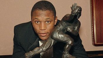 Barry-sanders-heisman_display_image