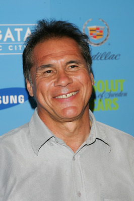 MIAMI BEACH, FL - FEBRUARY 02:  Former NFL athlete Jim Plunkett arrives to Maxim's Pre-Super Bowl XLI Party at the Sagamore Hotel  on February 2, 2007 in Miami Beach, Florida.  (Photo by Evan Agostini/Getty Images)