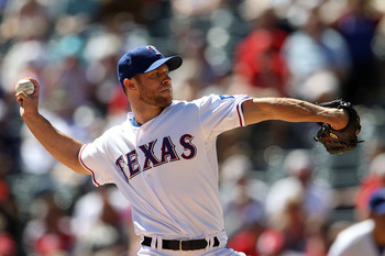 ARLINGTON, TX - SEPTEMBER 29:  Pitcher Rich Harden #40 of the Texas Rangers throws against the Seattle Mariners at Rangers Ballpark in Arlington on September 29, 2010 in Arlington, Texas.  (Photo by Ronald Martinez/Getty Images)