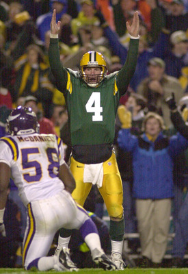 6 Nov 2000:  Quarterback Brett Favre of the Green Bay Packers celebrates a touchdown against the Minnesota Vikings in the second quarter at Lambeau Field in Green Bay, Wisconsin. &lt;DIGITAL IMAGE&gt; Mandatory Credit: Matthew Stockman/ALLSPORT