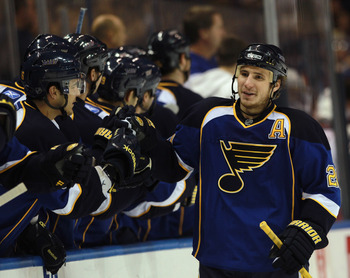 ST LOUIS, MO - DECEMBER 09: Alexander Steen #20 of the St. Louis Blues opens the scoring with a power play goal at 1:14 of the first period against the Columbus Blue Jackets at the Scottrade Center on December 9, 2010 in St Louis, Missouri. (Photo by Bruc