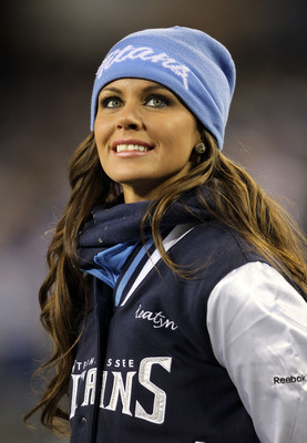 NASHVILLE, TN - DECEMBER 09:  A Tennessee Titans cheerleader watches play during the NFL game against the Indianapolis Colts at LP Field on December 9, 2010 in Nashville, Tennessee.  (Photo by Andy Lyons/Getty Images)