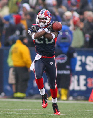 ORCHARD PARK, NY - DECEMBER 12: Leodis McKelvin #28 of the Buffalo Bills celebrates making an interception against the Cleveland Browns at Ralph Wilson Stadium on December 12, 2010 in Orchard Park, New York.  (Photo by Rick Stewart/Getty Images)