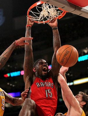 LOS ANGELES, CA - NOVEMBER 05:  Amir Johnson #15 of  the Toronto Raptors dunks against the Los Angeles Lakers at Staples Center on November 5, 2010 in Los Angeles, California.  The Lakers won 108-102.   NOTE TO USER: User expressly acknowledges and agrees