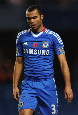 LONDON, ENGLAND - NOVEMBER 14:  Ashley Cole of Chelsea looks despondent during the Barclays Premier League match between Chelsea and Sunderland at Stamford Bridge on November 14, 2010 in London, England.  (Photo by Michael Regan/Getty Images)