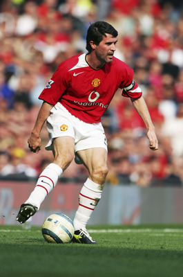 MANCHESTER, ENGLAND - APRIL 2:  Roy Keane of Manchester United in action during the Premier League match between Manchester United and Blackburn Rovers at Old Trafford on April 2, 2005 in Manchester, England.  (Photo by Alex Livesey/Getty Images)