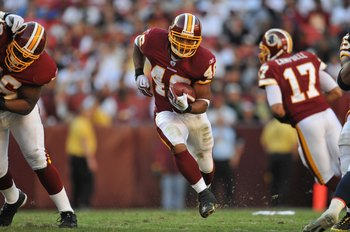 LANDOVER, MD - NOVEMBER 15:  Ladell Betts #46 of the Washington Redskins runs the ball against the Denver Broncos at FedExField on November 15, 2009 in Landover, Maryland. The Redskins won 27-17. (Photo by Larry French/Getty Images)