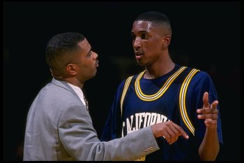 5 Dec 1995:  California Bears' Forward Shareef Abdul-Rahim and Coach Todd Bozeman confer during a game against the University of San Francisco Dons played at Memorial Gymnasium in San Francisco, California.  The Bears won the game, 83-70. Mandatory Credit