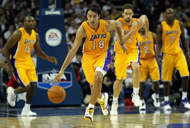 LONDON, ENGLAND - OCTOBER 04:  Sasha Vujacic of the Los Angeles Lakers in action during the NBA Europe Live match between the Los Angeles Lakers and the Minnesota Timberwolves at the O2 arena on October 4, 2010 in London, England.  (Photo by Bryn Lennon/G