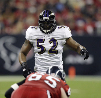 HOUSTON, TX - DECEMBER 13:  Linebacker Ray Lewis #52 of the Baltimore Ravens during action against the Houston Texans at Reliant Stadium on December 13, 2010 in Houston, Texas.  (Photo by Bob Levey/Getty Images)