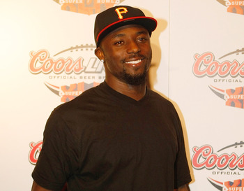 MIAMI - FEBRUARY 5: Wide receiver Santonio Holmes #10 of the Pittsburgh Steelers arrives at the Coors Light Super Bowl Bash at the Mansion on February 5, 2010 in Miami, Florida. (Photo by Scott Boehm/Getty Images)