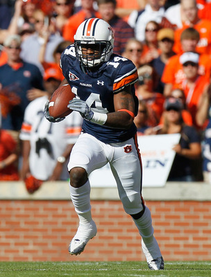 AUBURN, AL - OCTOBER 23:  Demond Washington #14 of the Auburn Tigers against the LSU Tigers at Jordan-Hare Stadium on October 23, 2010 in Auburn, Alabama.  (Photo by Kevin C. Cox/Getty Images)