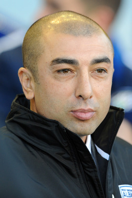 LIVERPOOL, ENGLAND - NOVEMBER 27:  West Bromwich Albion manager Roberto Di Matteo looks on during the Barclays Premier League match between Everton and West Bromwich Albion at Goodison Park on November 27, 2010 in Liverpool, England.  (Photo by Chris Brun