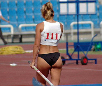 Erika-prezerakou_pole-vault_03_display_image