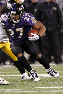 BALTIMORE, MD - DECEMBER 05:  Ray Rice #27 of the Baltimore Ravens runs with the ball against the Pittsburgh Steelers at M&T Bank Stadium on December 5, 2010 in Baltimore, Maryland.  (Photo by Geoff Burke/Getty Images)