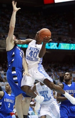 Tar-heels-fend-off-bulldogs_display_image