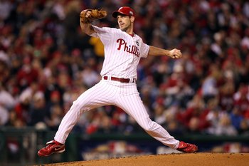 PHILADELPHIA - NOVEMBER 02:  Starting pitcher Cliff Lee #34 of the Philadelphia Phillies throws a pitch against the New York Yankees in Game Five of the 2009 MLB World Series at Citizens Bank Park on November 2, 2009 in Philadelphia, Pennsylvania. The Phi