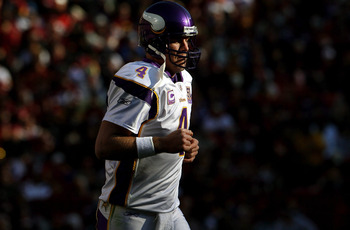 Favre can relax with Minnesota under the radar.