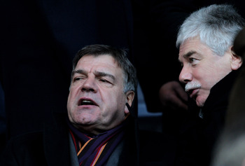 BOLTON, ENGLAND - DECEMBER 12:  Blackburn Rovers Manager Sam Allardyce (L) looks on prior to the Barclays Premier League match between Bolton Wanderers and Blackburn Rovers at the Reebok Stadium on December 12, 2010 in Bolton, England.  (Photo by Dean Mou