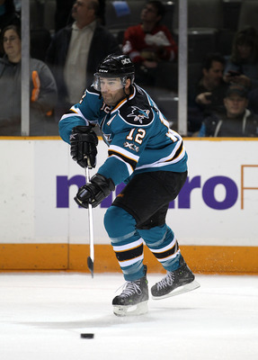 SAN JOSE, CA - NOVEMBER 30:  Patrick Marleau #12 of the San Jose Sharks warms up for their game against the Detroit Red Wings at HP Pavilion on November 30, 2010 in San Jose, California.  (Photo by Ezra Shaw/Getty Images)