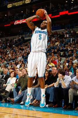 NEW ORLEANS - NOVEMBER 05:  Marcus Thornton #5 of the New Orleans Hornets shoots the ball during the game against the Miami Heat at the New Orleans Arena on November 5, 2010 in New Orleans, Louisiana.  NOTE TO USER: User expressly acknowledges and agrees
