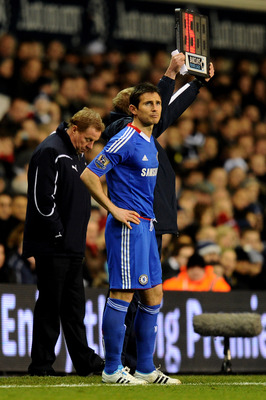LONDON, ENGLAND - DECEMBER 12: Frank Lampard of Chelsea makes his return from injury as a second half substitute during the Barclays Premier League match between Tottenham Hotspur and Chelsea at White Hart Lane on December 12, 2010 in London, England. (Ph