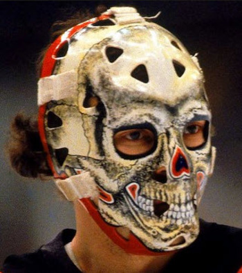 Gary-bromley-skull-mask_display_image