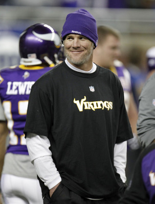 DETROIT, MI - DECEMBER 13:  Brett Favre #4 of the Minnesota Vikings looks on during warm ups prior to playing the New York Giants at Ford Field on December 13, 2010 in Detroit, Michigan.  (Photo by Gregory Shamus/Getty Images)