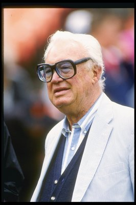 1991:  Sportscaster Harry Caray looks on during a game between the Chicago Cubs and the San Francisco Giants at Candlestick Park in San Francisco, California. Mandatory Credit: Otto Greule  /Allsport
