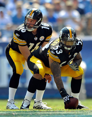 NASHVILLE, TN - SEPTEMBER 19:  Quarterback Charlie Batch #16 of the Pittsburgh Steelers takes over for an injured Dennis Dixon #10 against the Tennessee Titans  during the first half at LP Field on September 19, 2010 in Nashville, Tennessee.  (Photo by Gr