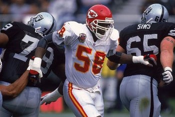 28 Nov 1999:  Derrick Thomas #58 of the Kansas City Chiefs moves on the field during the game against the Oakland Raiders at the Network Associates Coliseum in Oakland, California. The Chiefs defeated the Raiders 37-34. Mandatory Credit: Tom Hauck  /Allsp