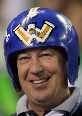 TORONTO, ON - NOVEMBER 25:  A Winnipeg Blue Bombers fan smiles before the game against the Saskatchewan Rough Riders during the 95th Grey Cup on November 25, 2007 at the Rogers Centre in Toronto, Ontario, Canada.  (Photo by Harry How/Getty Images)
