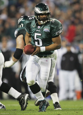 JACKSONVILLE, FL - FEBRUARY 6:  Quarterback Donovan McNabb #5 of the Philadelphia Eagles prepares to hand the ball off against the New England Patriots in Super Bowl XXXIX at Alltel Stadium on February 6, 2005 in Jacksonville, Florida. The Patriots defeat