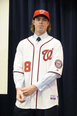 Jayson Werth signs with the Nationals