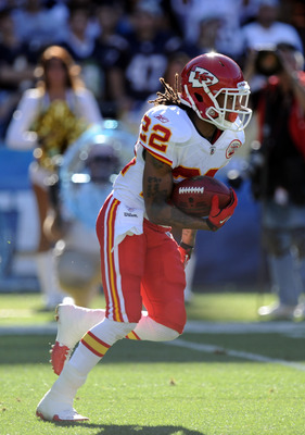 SAN DIEGO, CA - DECEMBER 12:  Dexter McCluster #22 of the Kansas City Chiefs returns a kick against the San Diego Chargers at Qualcomm Stadium on December 12, 2010 in San Diego, California.  (Photo by Harry How/Getty Images)