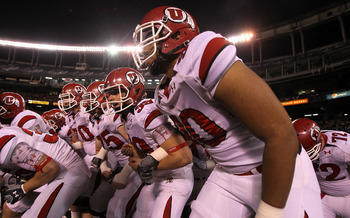 SAN DIEGO - NOVEMBER 20:  The Utah Utes get ready to take the field for the game with the San Diego State Aztecs at Qualcomm Stadium on November 20, 2010 in San Diego, California.  Utah won 38-34.  (Photo by Stephen Dunn/Getty Images)