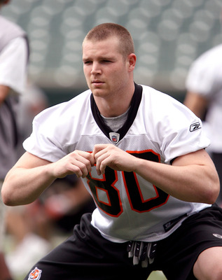 CINCINNATI, OH - MAY 1:  Third round draft pick Chase Coffman #80 of the Cincinnati Bengals stretches during rookie minicamp at Paul Brown Stadium on May 1, 2009 in Cincinnati, Ohio.  (Photo by Mark Lyons/Getty Images)