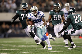 ARLINGTON, TX - DECEMBER 12:  Wide receiver Kevin Ogletree #85 of the Dallas Cowboys runs against the Philadelphia Eagles at Cowboys Stadium on December 12, 2010 in Arlington, Texas.  (Photo by Ronald Martinez/Getty Images)