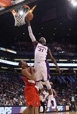 PHOENIX - DECEMBER 10:  Hakim Warrick #21 of the Phoenix Suns puts up a shot during the NBA game against the Portland Trail Blazers at US Airways Center on December 10, 2010 in Phoenix, Arizona. The Trail Blazers defeated the Suns 101-94.  NOTE TO USER: U
