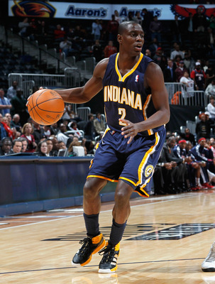 ATLANTA, GA - DECEMBER 11:  Darren Collison #2 of the Indiana Pacers against the Atlanta Hawks at Philips Arena on December 11, 2010 in Atlanta, Georgia.  NOTE TO USER: User expressly acknowledges and agrees that, by downloading and/or using this Photogra