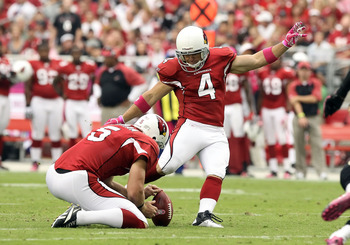 GLENDALE, AZ - OCTOBER 10:  Kicker Jay Feely #4 of the Arizona Cardinals attmpes a field goal during the NFL game against the New Orleans Saints at the University of Phoenix Stadium on October 10, 2010 in Glendale, Arizona. The Cardinals defeated the Sain