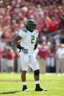 PALO ALTO, CA - NOVEMBER 07:  T.J.Ward of the Oregon Ducks waits for play to begin during their game against the Stanford Cardinal at Stanford Stadium on November 7, 2009 in Palo Alto, California.  (Photo by Ezra Shaw/Getty Images)